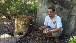 Dr Justin and Nikita Lioness smile after procedure
