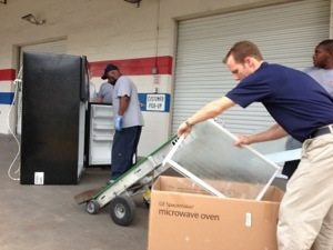 Famous Tate donates a refrigerator to replace the one that burned