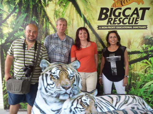 Group-Photo-at-Big-Cat-Rescue-2013