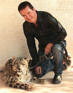 Dirk Arthur is scheduled to appear with big cats at the Riviera Hotel in Las Vegas
