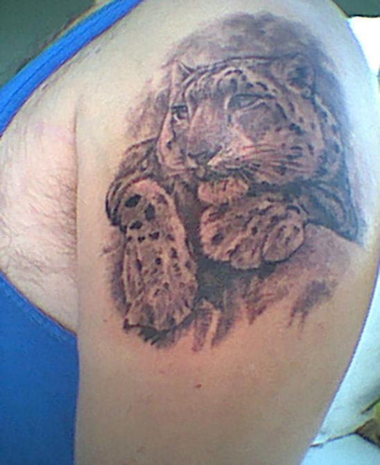Tattoo-Zoe-SnowLeopard-Matt